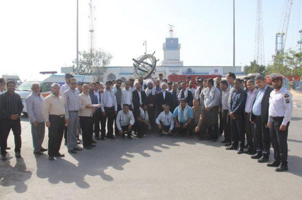 اعزام نوروزبانان بنادر و دریانوردی بندرلنگه برای کمک به سیل زدگان خوزستان