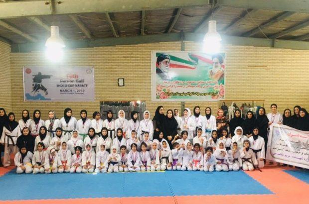 تیم فجر بندرلنگه قهرمان مسابقات کاراته شهرستان به مناسبت روز دختر شد.