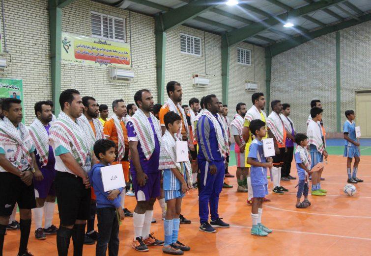 مراسم افتتاحیه مسابقات فوتسال کارکنان سپاه امام سجاد (ع) در بندرلنگه