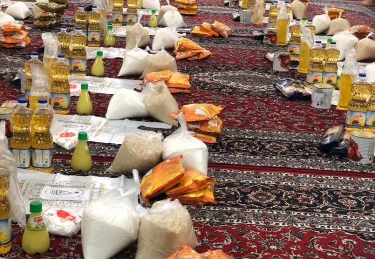 توزیع ۱۰۰ بسته غذایی توسط جوانان محله بحرینی در بین نیازمندان
