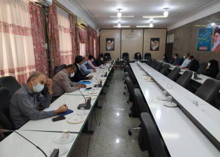 جلسه بررسی موانع ومشکلات دفاترپیشخوان دولت درفرمانداری بندرلنگه برگزارشد