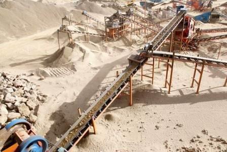 بازگشت ۳ معدن غیر فعال در شهرستان بندر لنگه به چرخه تولید