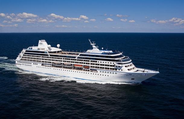 شروع به کار مجدد کشتی مسافری نگین از بندر لنگه به دبی