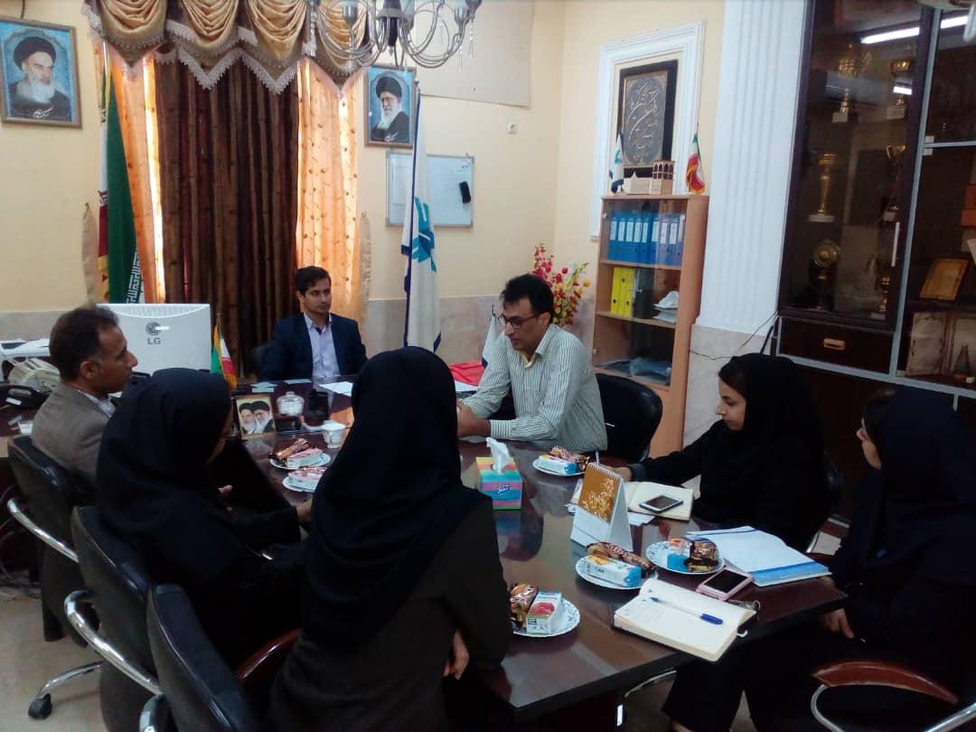 رئیس اداره ورزش و جوانان شهرستان بندرلنگه در  دانشگاه آزاد اسلامی  حضور  یافت و با رئیس این دانشگاه دیدار و گفتگو کرد.