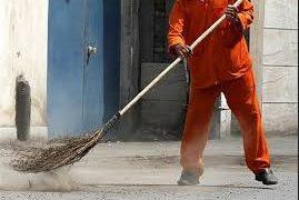 کارگران شهرداری بندرلنگه همچنان در انتظار پرداخت مطالبات خود / قول هایی که عملی نشد