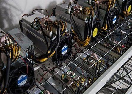کشف۱۰ دستگاه استخراج ارز دیجیتال قاچاق در بندرلنگه