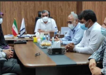 دیدار منتخبین شورای شهر با رئیس اتاق بازرگانی شهرستان بندرلنگه